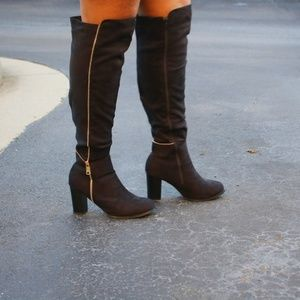 Black Knee High Zip Boots